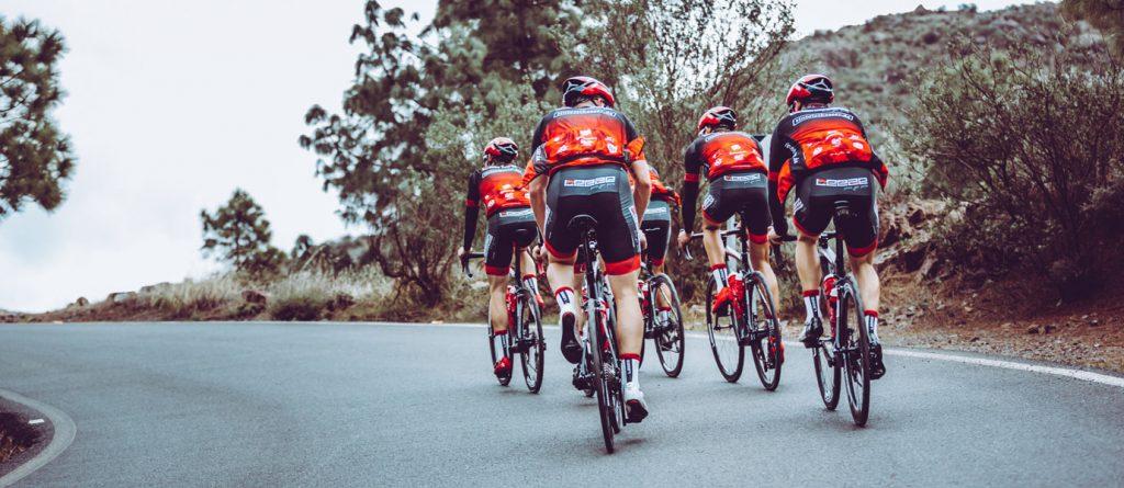 Leeze Rennrad-Team auf Mallorca unterwegs - im DOWE Trikot