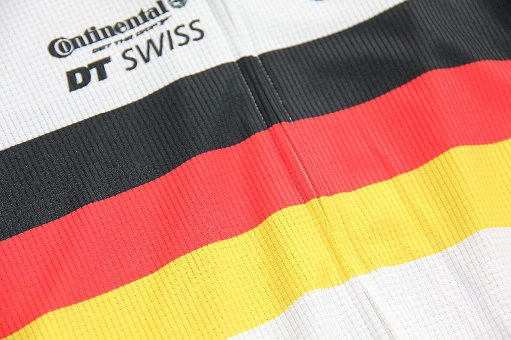 Deutschlandfahne gedruckt auf einem Radtrikot