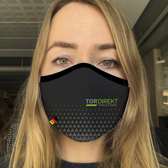 """Schwarzer ,atmungsfähiger Mundschutz """"TorDirekt"""" von Dowe Sportswear"""