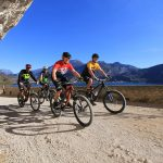 Dowe Sportswear mountain bikers