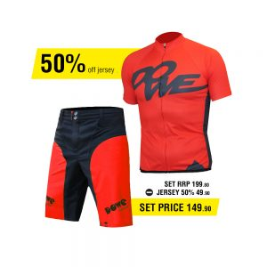 Dowe Race Set - Jersey and short - Offer for EUR 149,90